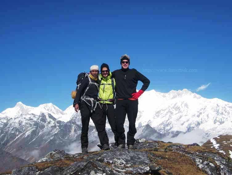 Singalila Dzongri Goechala Trek